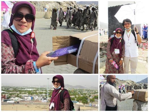 People views in Jabal Rahmah, got free umbrella from STC, Telkomsel - Saudi.